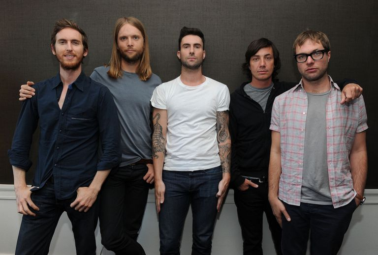 Maroon+5+is+an+American+pop-rock+band.+I%27ve+finally+put+them+under+the+microscope.