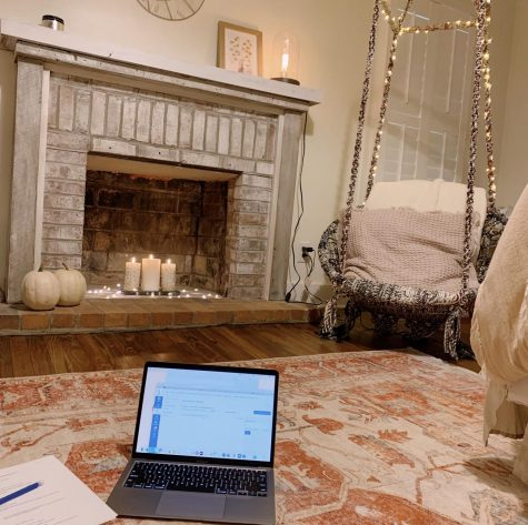 A cozy fall room is a necessity, especially during online school. There are many ways to give it this affect including candles and throw blankets.