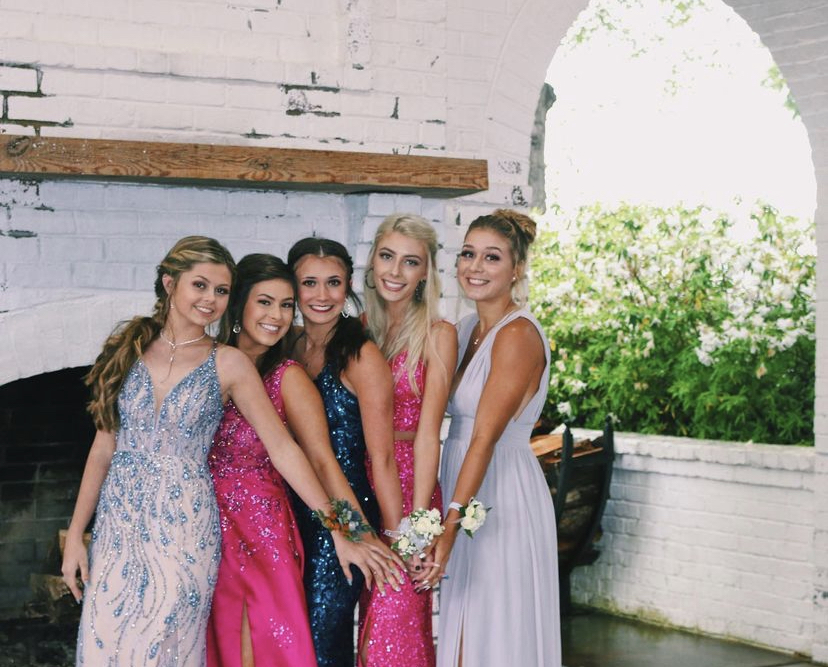 Junior, Mia Laws and group planned a COVID-friendly prom for their close friends.